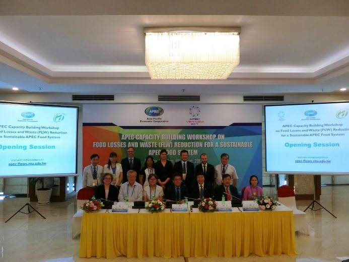 Representatives of APEC economies participate in the APEC Capacity Building Workshop on Food Losses and Waste (FLW) Reduction for a Sustainable APEC Food System